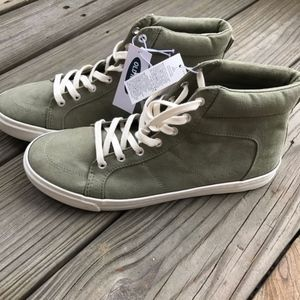 Old Navy High Top Sneakers